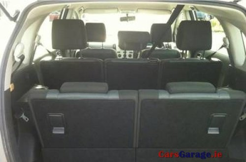 toyota corolla verso 1 6 luna 7 seats 2006 car sales room. Black Bedroom Furniture Sets. Home Design Ideas