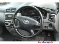 Toyota Avensis Verso Verso Luna