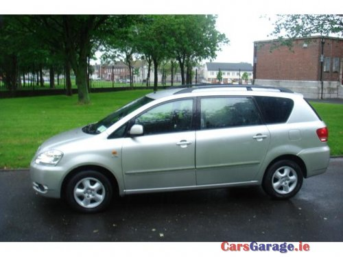 Toyota Avensis Verso 7 Seat D4 Car Sales Room